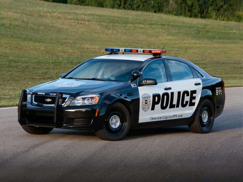 These are 10 fastest police cars in America | Joy105.com
