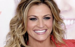 Erin Andrews gets hitched!!!