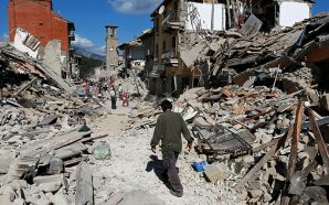 2 dead, 500 hurt as deadly quake rattles Greece, Turkey