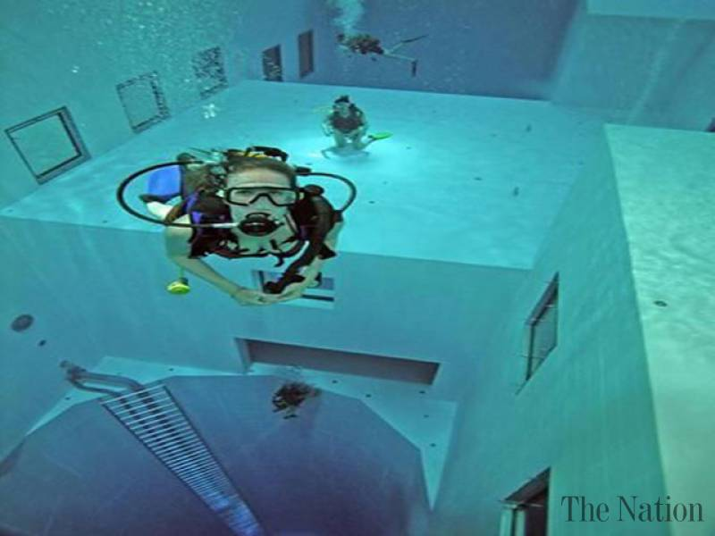 Watch Man Takes A Dive Into The Deepest Pool Known