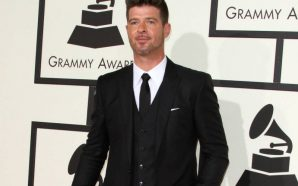 Robin Thicke's girlfriend announces pregnancy!!!