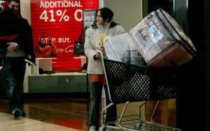 It's on! Black Friday kicks off the holiday shopping season