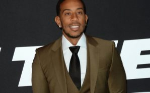 Atlanta native Ludacris delivers coats, teddy bears to patients