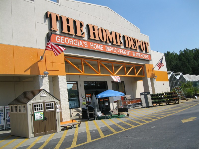 Home Depot To Dole Out 1 000 Bonuses To Workers After Tax Cut Joy105 Com