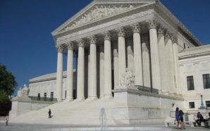 Supreme Court delays order for North Carolina to redraw maps