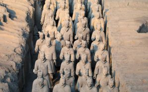 Archaeologist Who Uncovered China's 8,000-Man Terra Cotta Army Dies At…