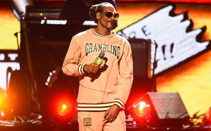 Snoop Dogg Does Church At The BET 2018 Awards