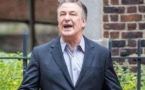 Alex Baldwin chased down by waitress after leaving restaurant!