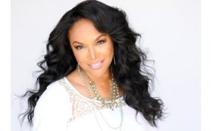 Lynn Whitfield On 'Nappily Ever After' Film, Intimidating Men +…