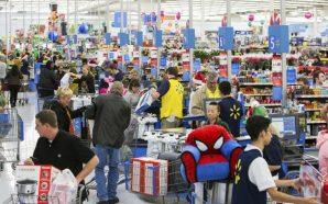 Walmart is throwing an in-store party on Thanksgiving with free…