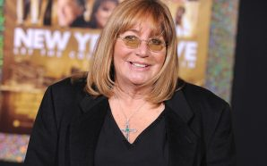 Comedian and director Penny Marshall has died at 75!