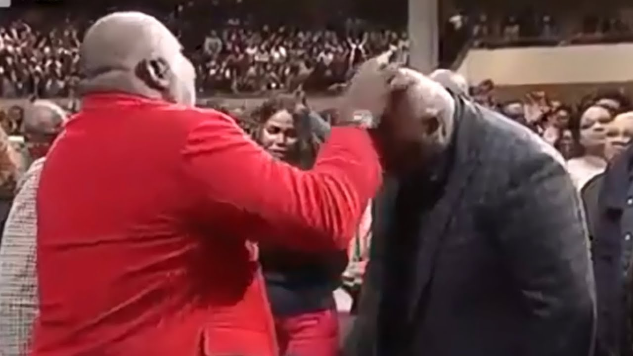 Bishop T D  Jakes Calls Out 'Spirit of Suicide' From Pastor