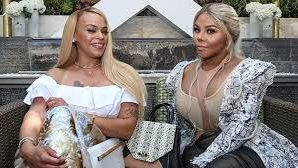 Faith Evans & Lil Kim Are Touring Together