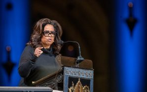 Oprah Gave An Heartfelt And Funny Tribute To Pulitzer Prize-winning…