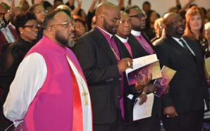 BISHOP MARVIN SAPP FORMALLY INSTALLED AS SENIOR PASTOR OF THE…
