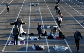 Las Vegas parking lot becomes homeless shelter