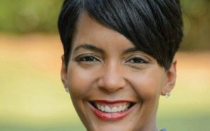 Atlanta mayor tweets photo of message where someone called her…