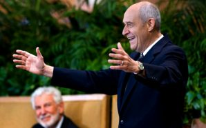 Crystal Cathedral Pastor Dies From COVID-19 Former Church Of Televangelist…