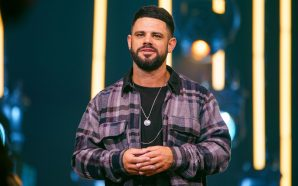 Pastor Steve Furtick's Church Draws Criticism For Church Gatherings With…