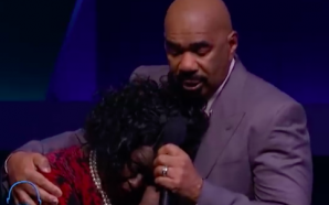 Steve Harvey Pays Tribute To The Passing Of Duranice Pace…